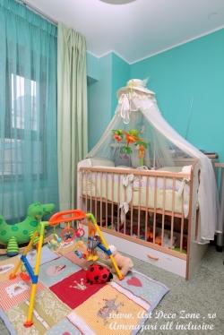 <h5>Camera de bebelus</h5><p>Amenajarea pentru aceasta camera de bebe a trebuit sa fie simpla si functionala. </p>