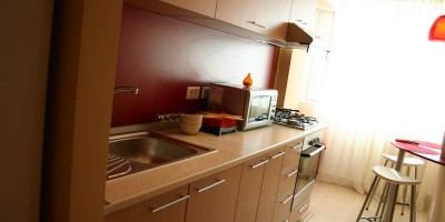 Apartament la cheie, bucatarie la comanda, marca Art Deco Zone